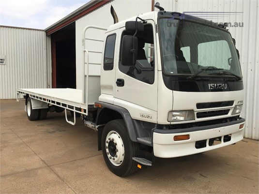2005 Isuzu FTR 900 Long - Trucks for Sale