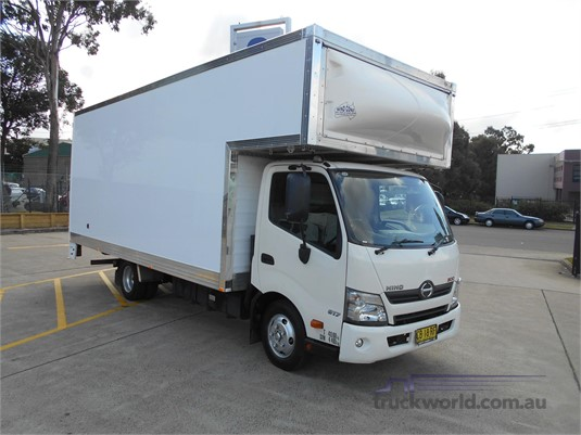 2014 Hino 300 Series 617 Trucks for Sale