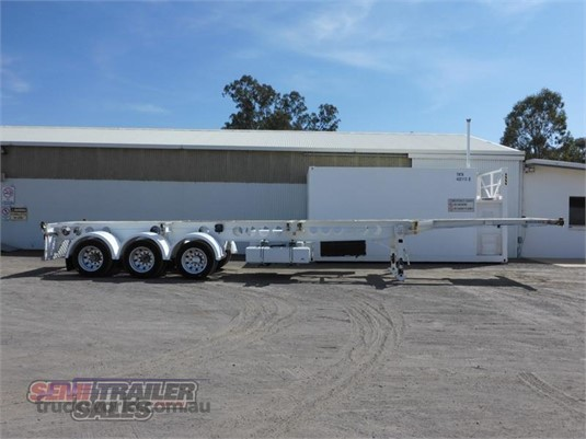 2013 Krueger Skeletal Trailer - Trailers for Sale