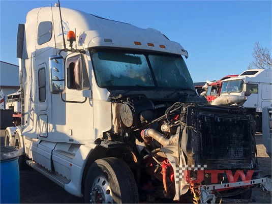 2007 Freightliner CST120 Universal Truck Wreckers  - Wrecking for Sale