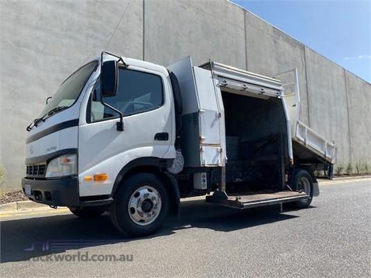 2006 Hino Dutro - Trucks for Sale