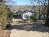 LAKE FRONT HOME AUCTION CHEROKEE VILLAGE AR.
