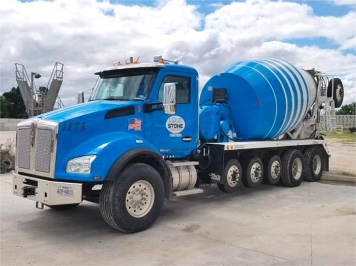 Liquid Stone Concrete Relies On Dependable Kenworth T880
