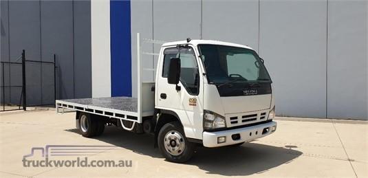 2006 Isuzu NPR 200 AMT Premium - Trucks for Sale
