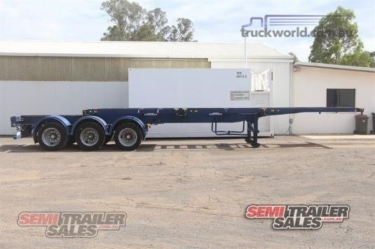 2009 Cimc Skeletal Trailer - Trailers for Sale
