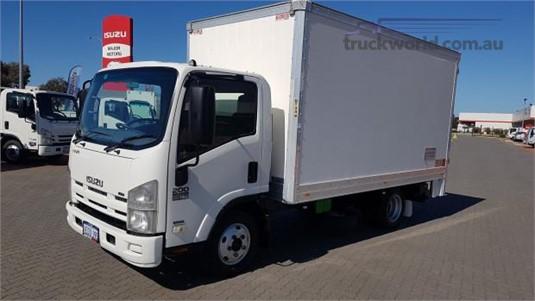 2009 Isuzu NNR 200 - Trucks for Sale