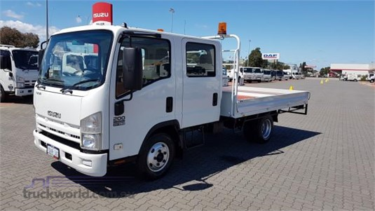 2010 Isuzu NNR 200 - Trucks for Sale