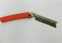 Pecan Picks (5); Razor-handle broken; pipe