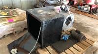 Undermount toolbox, Fan, water pump