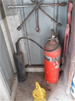 Fire extinguisher, hand weight, Tire irons