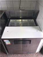 TSSU-27-8 True Refrigerated Sandwich Table