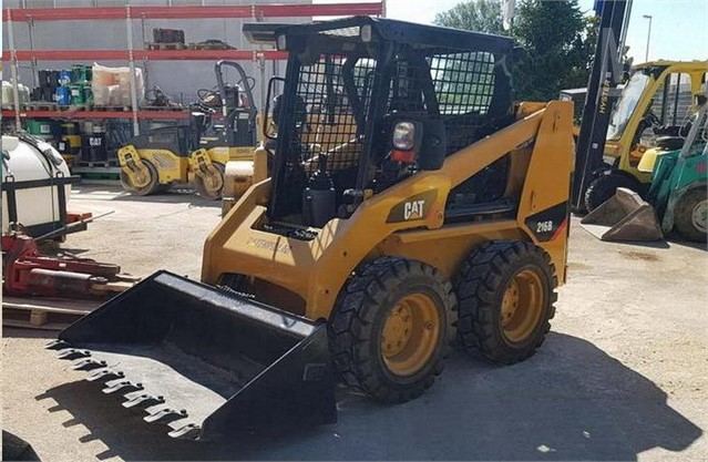 2000 CAT 216 For Sale In ROMA, RM Italy   MarketBook ca