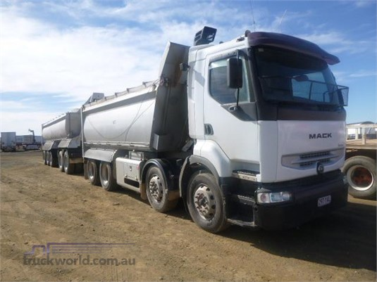 2005 Mack other Western Traders 87 - Trucks for Sale