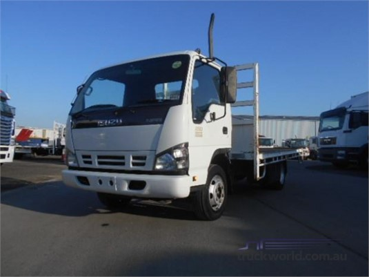 2007 Isuzu NPR 250 Westar - Trucks for Sale