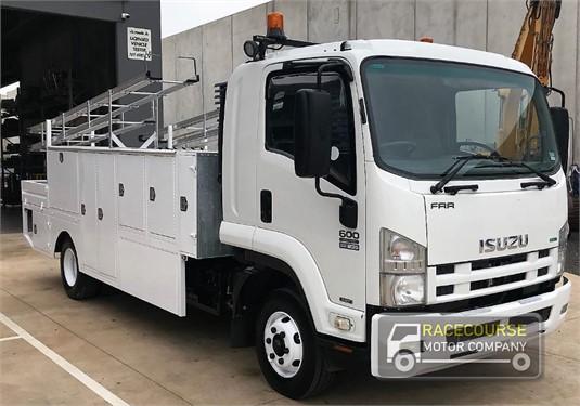 2011 Isuzu FRR Racecourse Motor Company  - Trucks for Sale