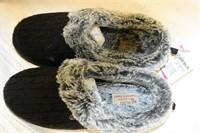 Skechers Memory Foam Slippers Size 8W