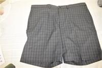 Haggar Expandable Waste Men's Shorts