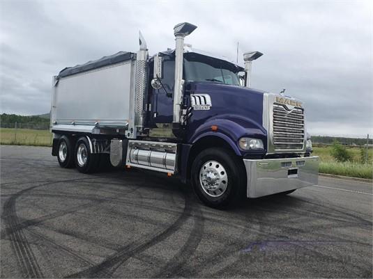 2016 Mack Trident - Trucks for Sale