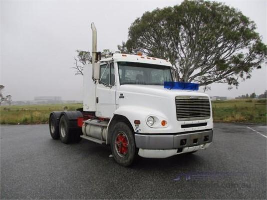 1998 Freightliner FL112 - Trucks for Sale