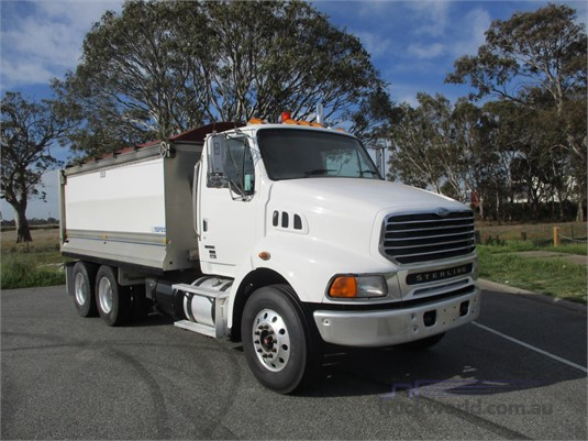 2004 Sterling LT9500 - Trucks for Sale