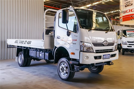 2018 Hino 300 Series 817 4x4 Trucks for Sale