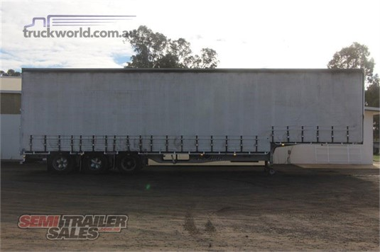 2006 Maxitrans 44FT 9 INCH DROP DECK CURTAINSIDER SEMI TRAILER - Trailers for Sale
