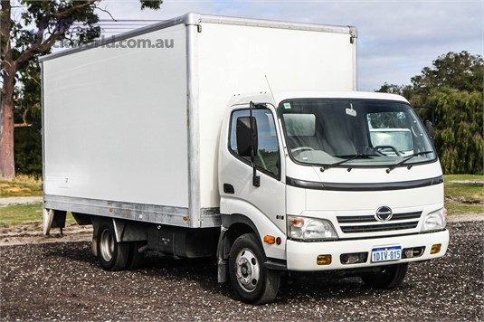 2010 Hino 300 Series 616 Trucks for Sale