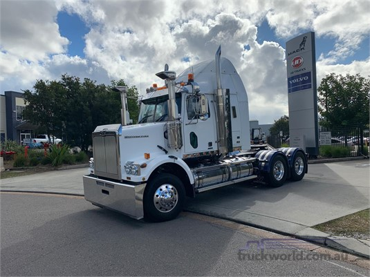 2013 Western Star 4864FXB Trucks for Sale