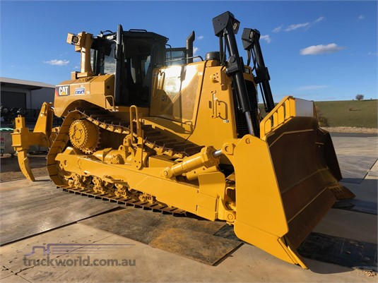 D8T - New & Used Heavy Machinery Sales in Australia - TruckWorld