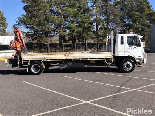 2005 Mitsubishi Fighter Raytone Trucks - Trucks for Sale