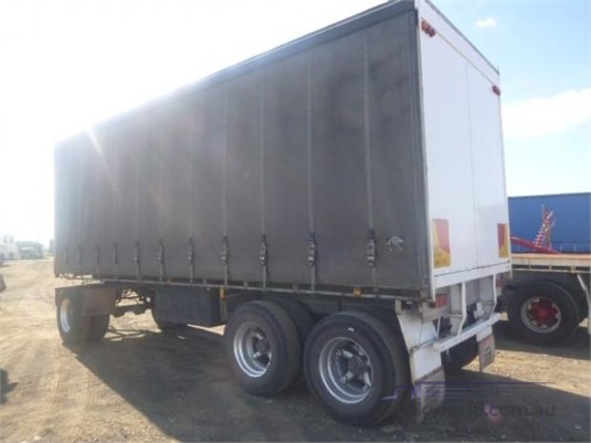 1984 Fruehauf Curtainsider Trailer Trailers for Sale