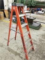 Feathelite 5 Step Ladder.