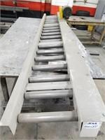 Dedicated Systems. Powered Roller Conveyor