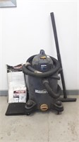 Mastercraft Wet/ Dry Vacuum With Additional