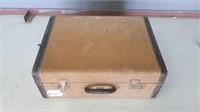 vintage suite case