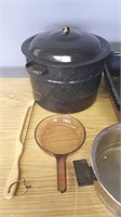 2 Roasting Pans, Coffee Makers, Place Mats,