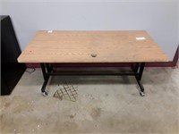 Low Rolling Office Table