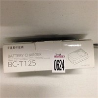FUJIFILM BATTERY CHARGER