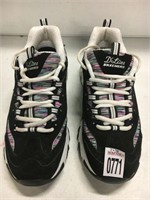 SKECHER WOMENS SHOES SIZE 10