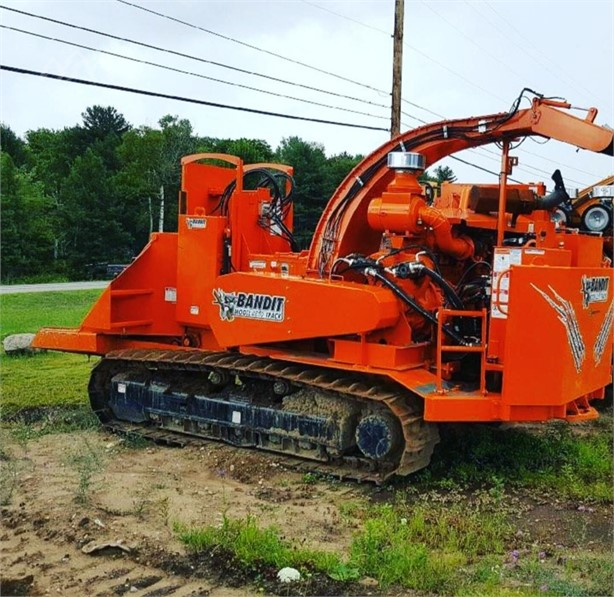 BANDIT Self-Propelled Wood Chippers Logging Equipment For