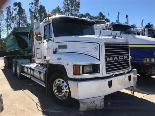 1999 Mack CH - Trucks for Sale