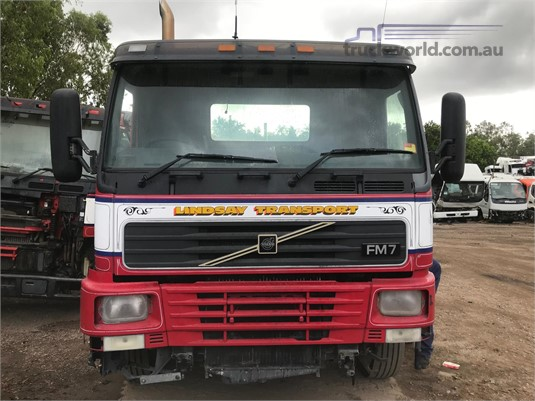 2001 Volvo FM7 - Wrecking for Sale