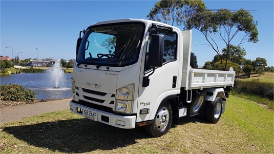 2019 Isuzu NLR 45 155 North East Isuzu - Trucks for Sale