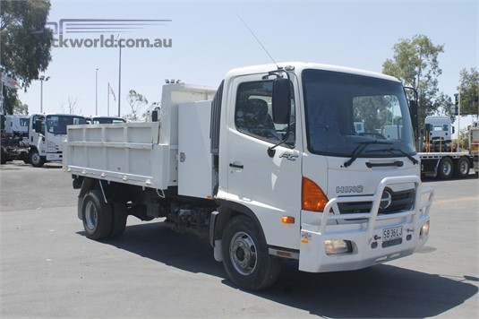 2005 Hino other North East Isuzu - Trucks for Sale