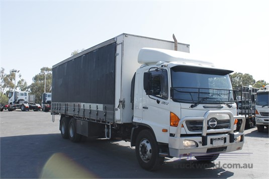 2006 Hino other North East Isuzu - Trucks for Sale