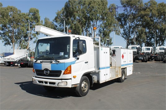 2004 Hino other North East Isuzu - Trucks for Sale