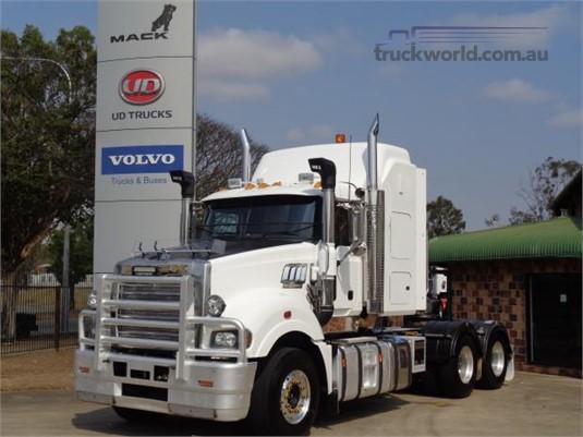 2014 Mack Super Liner - Trucks for Sale