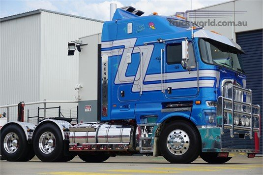2015 Kenworth K200 - Trucks for Sale