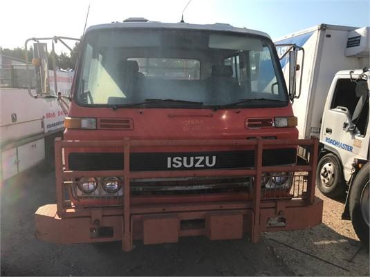 1985 Isuzu FSR/SCR - Wrecking for Sale