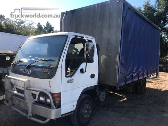 2000 Isuzu NQR 450 - Wrecking for Sale